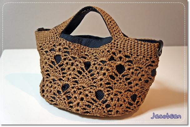 自分用のパイナップル編みのバッグ